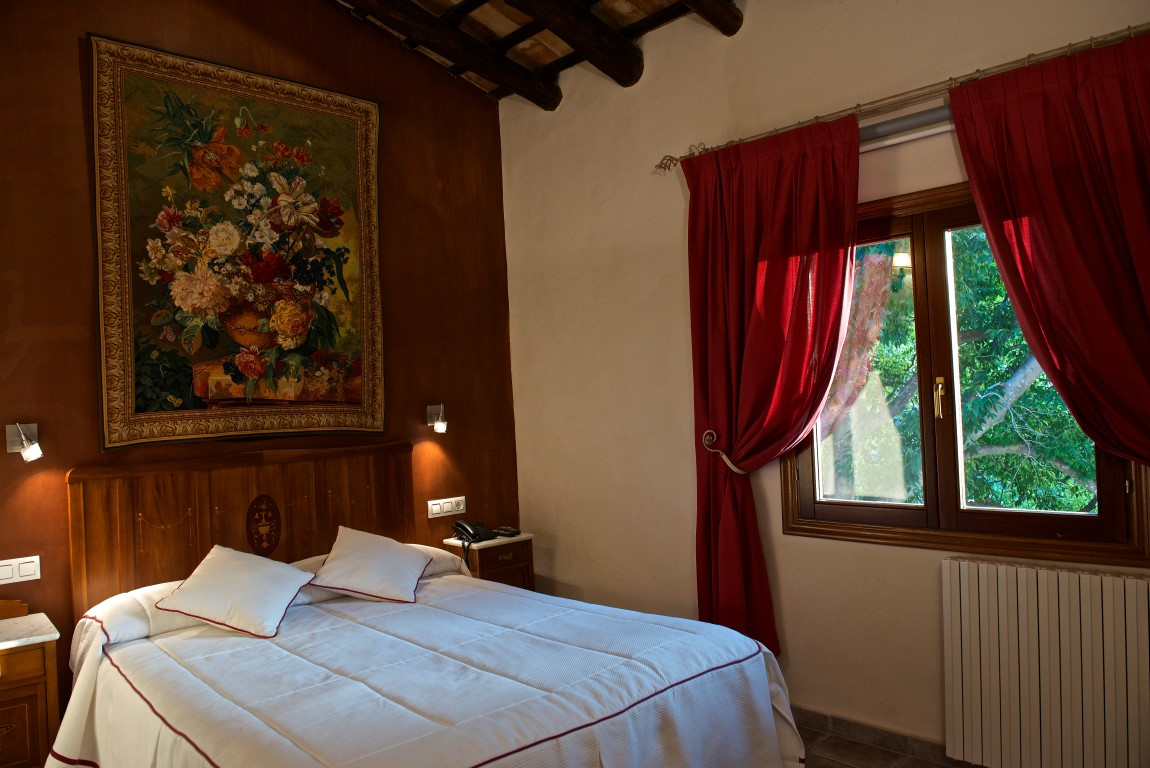 https://www.masialamota.com/wp-content/uploads/2015/07/Hotel-Masia-La-Mota25.jpg