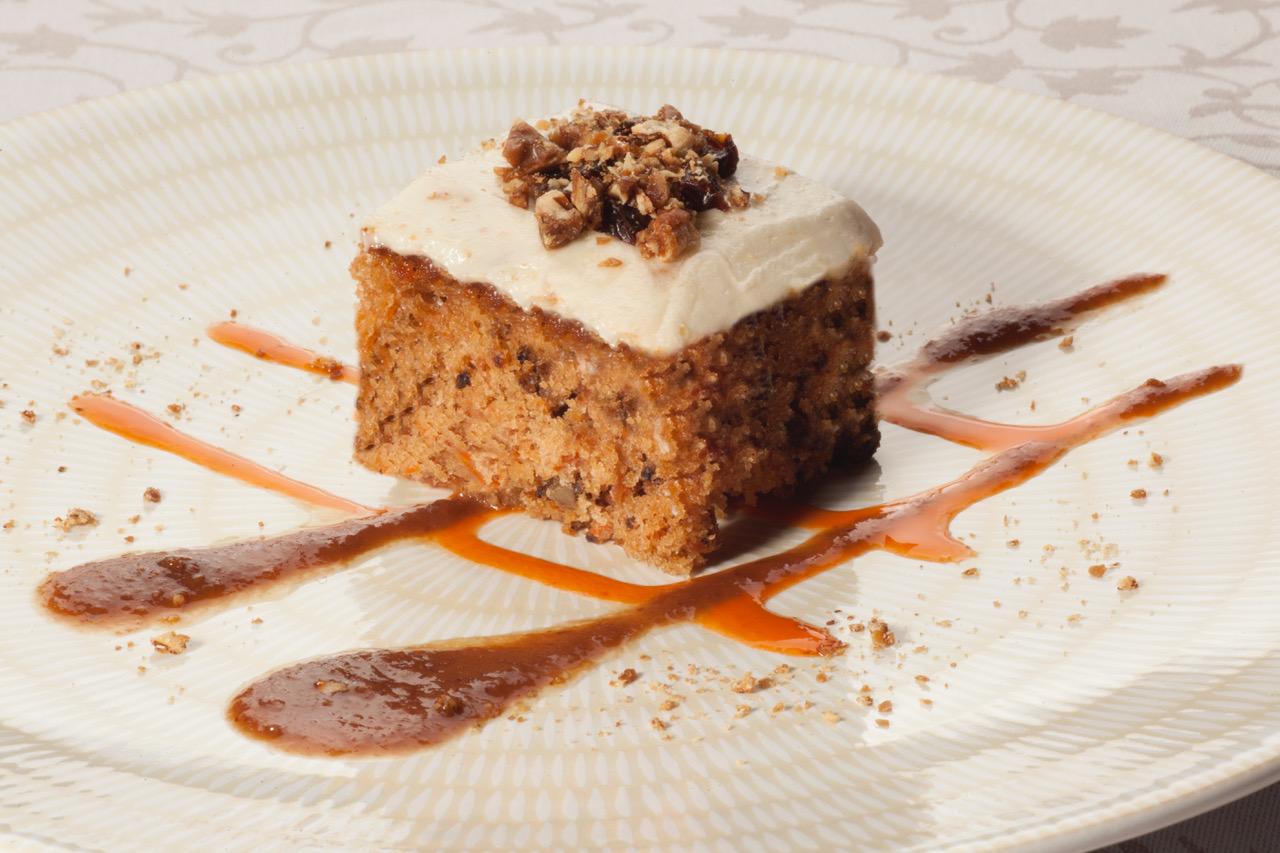 restaurante-masia-la-mota-tarta-de-zanahoria